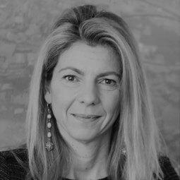 Elena Manola Bonthond
